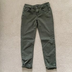 AE Tomgirl Jeans - Size 2